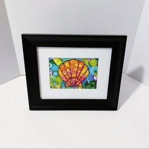 Meeknest Hawai'i - Sunrise Shell Framed Art